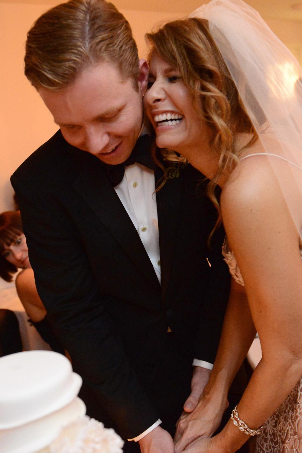 Josie und Brent heiraten in New York auf der Dachterasse im NoMo SoHo Hotel. Fotografiert von Hochzeitsfotograf New York XOANDREA