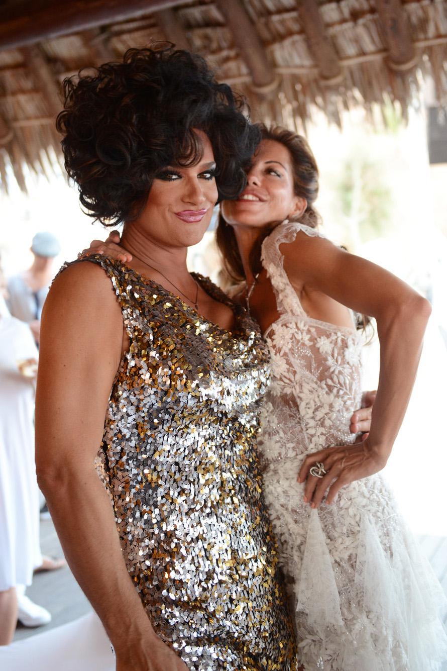 Hochzeitsfotos von Jana und Robert und ihrer Hochzeit Santorini im Katikies Hotel, fotografiert von Hochzeitsfotograf Santorini XOANDREA